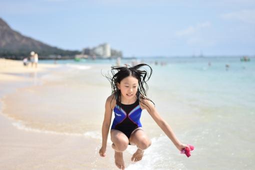 競泳水着 はわい ワイキキ ビーチ 少女