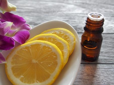 アロマオイル アロマ オイル エッセンシャルオイル 精油 レモン アロマテラピー アロマセラピー 美容 エステ 代替医療