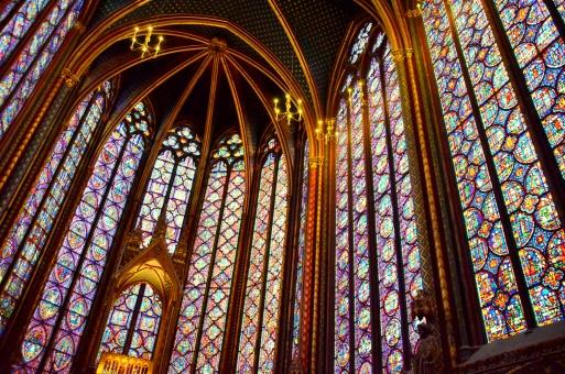 パリ  フランス ステンドグラス サンミシェル ガラス 窓 海外 外国 カラフル
