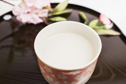 甘酒 飲み物 米 麹 美容 健康 美肌 ダイエット 桜