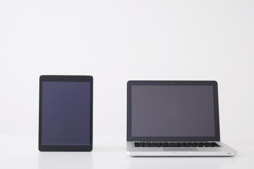 ノートパソコン パソコン pc ビジネス ノートpc デバイス タブレット 端末 画面サイズ 比較 タッチpc ipad 対応 コンピューター it it機器 画面 用途 ネットワーク テクノロジー 選択 便利