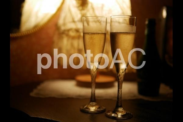 二人で乾杯の写真