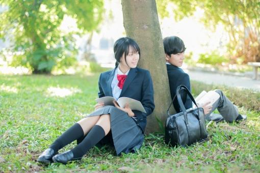 放課後の高校生の写真
