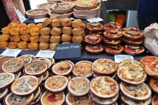 イギリス england unitedkingdom greatbritain uk ロンドン london ヨーロッパ 欧州 europe ノッティングヒル マーケット notting hill market 市場 露天 ピザ pizza