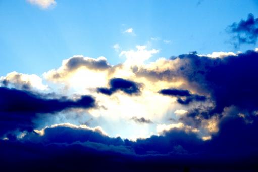あさひ 太陽 たいよう Sunrise Sun SUN SUNRISE 雲 くも 青空 青 空 あおぞら あお そら Blue Sky BLUE SKY blue sky 光 ひかり 影 かげ shadow SHADOW 冬 winter 初日の出