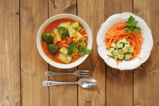 野菜 スープ 野菜スープ サラダ トマト 人参 ニンジン 料理 カフェ カフェごはん アボカド ヘルシー 料理写真 ブロッコリー cafe lunch ランチ