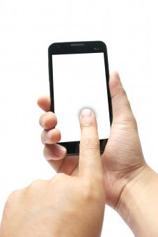 スマホ スマートフォン 人物 日本人 男性 携帯電話 メールチェック ネット 情報 iphone facebook line sns twitter mvno sim wi-fi wifi ゲーム 親指 スマートホン スマフォ ケータイ けいたい クローズアップ アップ アイテム 液晶画面 デジタル機器 液晶パネル タッチ携帯 ハンドパーツ 男性の手 ボディーパーツ ボディパーツ 持つ 指 通信 ビジネス ビジネスアイテム ビジネスツール 端末 タッチパネル モバイル インターネット バック白 メール 携帯 操作 電話 画面 液晶 白抜き 白 白背景 白バック 画面白抜き 男 手 コピースペース 切り抜き