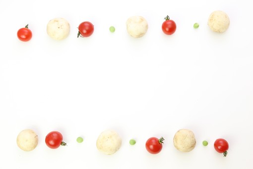野菜 えんどう エンドウ 豌豆 スナップえんどう スナップエンドウ 食材 新鮮 室内  素材 きれい 鮮やか 可愛い 無人 飲食 美味しい 新鮮な 鮮やかな   背景  食べ物 食べる 健康 フレッシュ 自然 ダイエット ベジタブル ベジタリアン ビーガン マクロビオティック 菜食 整列した 整列 並ぶ 料理 買い物 スーパー 粒 転がる グリーンピース ミニトマト トマト フレーム 野菜フレーム 枠 マッシュルーム きのこ