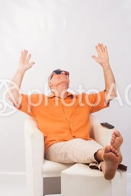 くつろぐ男性4の写真