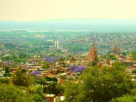 サンミゲル メキシコ mexico San Miguel church 海外 教会 緑 景色 自然 町並み 背景 風景