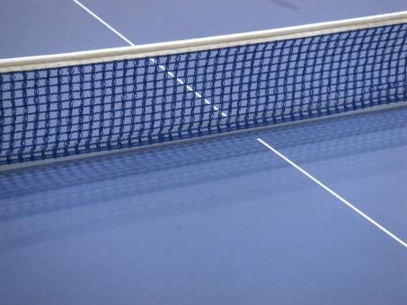 スポーツ用品 テーブルテニス 卓球 ピンポン テーブル 卓球台 ネット スポーツ 運動 レジャー 青 白 白線 室内 体育館 競技 ゲーム