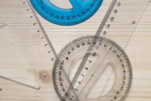 分度器 三角定規 円分度器 全円分度器 物差 長さ 定規 算数 数学 図 図形 角 角度 角度計 文具 文房具 筆記具 筆記用具 ステーショナリーグッズ 木 木材 学習 勉強 学ぶ 透明