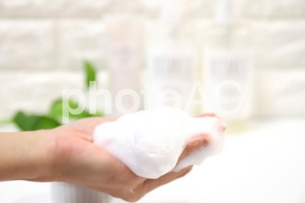 洗顔の泡の写真