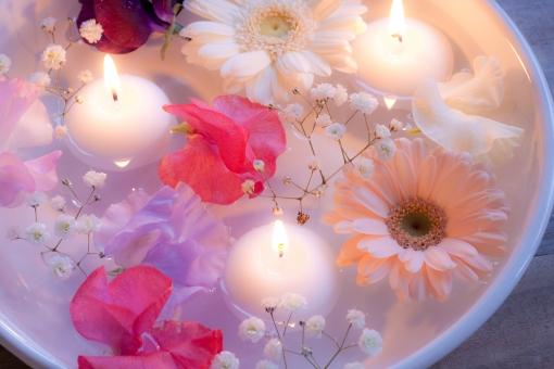 花 ガーベラ かすみ草 スイートピー ろうそく ローソク キャンドル 癒し リラックス リラクゼーション アロマ アロマセラピー アロマテラピー アロマキャンドル