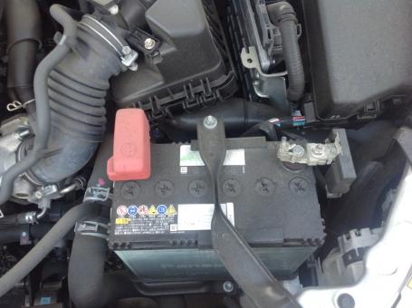 バッテリー エンジン 自動車 機械 車 乗用車 電装