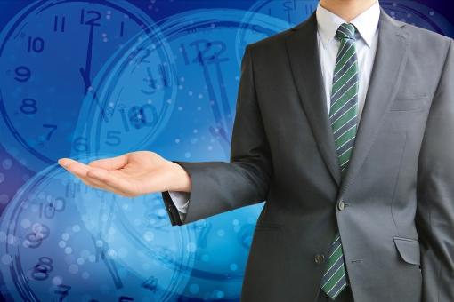 人物 日本人 男性 若い 若者 20代 20代 スーツ 就職活動 就活 就活生 社会人 ビジネス 新社会人 新入社員 フレッシュマン 面接 真面目 屋内 バック 背景 上半身 ビジネスマン ポイント 案内 説明 スケジュール タイムリミット 時間 締め切り
