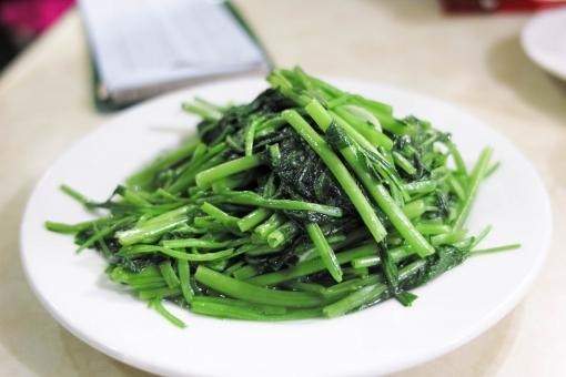 青菜 炒め物 中華 中華料理 野菜 グルメ 台湾 台湾料理 中国 中国料理 青菜炒め 皿
