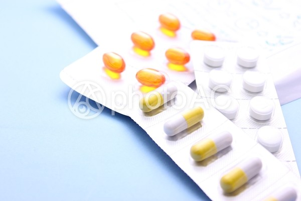 カプセルと錠剤1の写真
