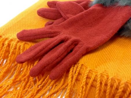 手袋 てぶくろ マフラー まふらー ストール すとーる オレンジ 暖色 あたたかい 暖かい 寒い さむい 温活 防寒具 防寒 女性 冬 赤 手 ファー 毛 服 布 プレゼント クリスマス 衣服 グローブ 婦人 冷え性 ファッション