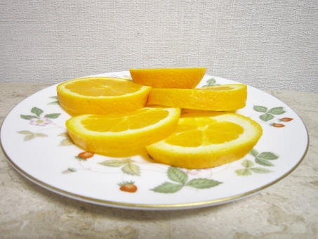 黄色 フルーツ 皿 果物 おや