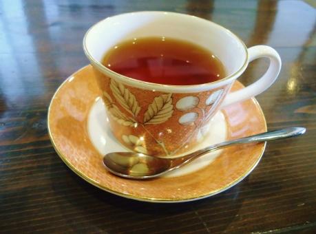 紅茶 ティータイム ティー 飲み物 ストレート ダイエット 茶 ティーカップ 英国 スプーン お茶 喫茶店 光 待ち合わせ ソーサー 洋食器