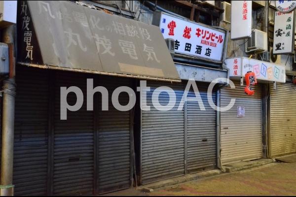 寂れた商店街2の写真