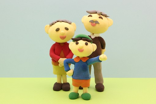 クレイ クレイアート クレイドール ねんど 粘土 クラフト 人形 アート 立体イラスト 粘土作品 人物 笑顔 老夫婦 老人 夫婦 お爺ちゃん お婆ちゃん おじいちゃん おばあちゃん 孫 男の子 子供 子ども こども