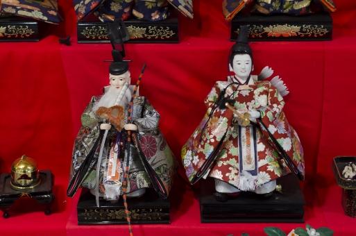 雛人形 人形 日本 ひな祭り お雛様 お内裏様 節句 春 和 3月3日 女の子 伝統 行事 年中行事 イベント 赤色 飾り 日本人形 雛飾り 桃 桃の節句 和風 弓矢 弓 季節 風景