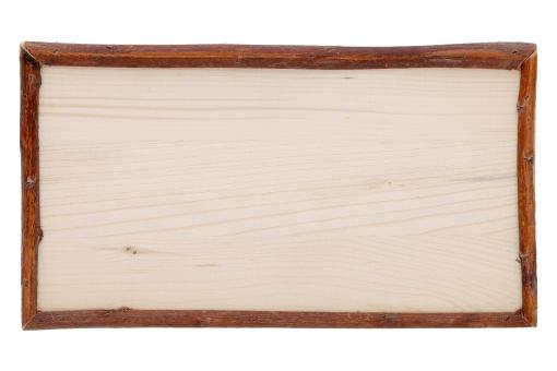 メニュー 看板 広告 告知 お知らせ 案内 情報 伝言 伝言板 案内板 コミュニケーション メッセージ フレーム 枠 レトロ 古い 木材 材木 枝 小枝 木 木目 木製 板 額縁 額 ナチュラル ボード 黒板 空白 余白 空間 1枚 1つ アップ クローズアップ コピースペース スペース 茶色 ベージュ 掛ける 吊る 吊るす 白 背景 バックグラウンド 白背景 白バック スタジオ撮影
