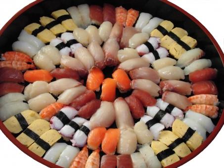 お寿司 寿司 すし 食材 イカ タコ めでたい 豪華 出前 エビ 鮮魚 新鮮 卵 タマゴ 祝賀会 祝い 集まり 賑やか 忘年会 新年会 おいしい 美味しい サーモン ハマチ 皿 のり マグロ 魚 食べ物 ブリ