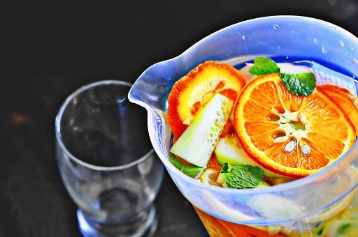 飲み物 飲料 ドリンク ジュース シトラス 柑橘類 オレンジ レモン ミント ハーブ ピッチャー グラス コップ 清涼 爽快 爽やか フレッシュ 新鮮 リラックス リフレッシュ フィリピン 海外 外国 異国 旅行 思い出