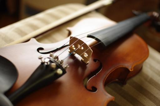 ヴァイオリン バイオリン 音楽 発表会 音楽会 弦 弓 クラシック クラシカル アンティーク 楽器 クラシック音楽