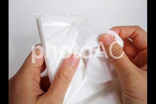 ポケットティッシュの使用の写真