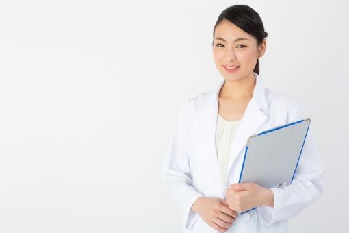医者 病院 医療 女医 女性 女 人物 白衣 健康 健康診断 検査 入院 定期検査 人間ドック 診断 診断書 ホスピタル 退院 外科 内科 薬 研究 研究所