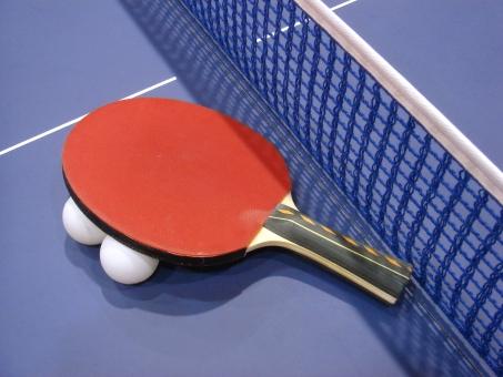 スポーツ用品 テーブルテニス 卓球 ピンポン 玉 ラケット テーブル 卓球台 ネット スポーツ 運動 レジャー 青 白 赤 白線 室内 体育館 競技 ゲーム
