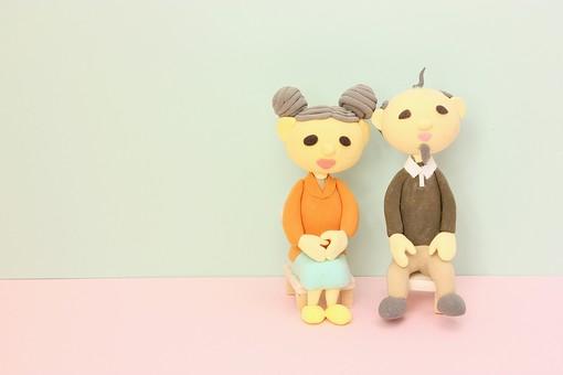 クレイ クレイアート クレイドール ねんど 粘土 クラフト 人形 アート 立体イラスト 粘土作品 人物 家族 男性 女性 老人 お爺さん お婆さん おじいさん おばあさん お爺ちゃん お婆ちゃん おじいちゃん おばあちゃん 老夫婦 夫婦 笑顔