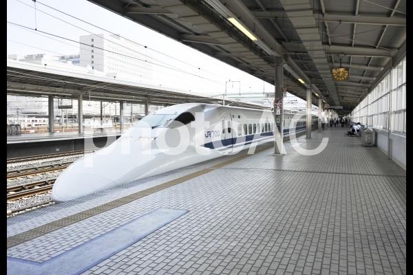 新幹線.700系.豊橋駅の写真