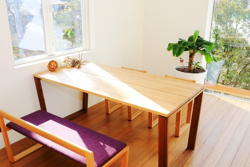 陽光のさす部屋の写真