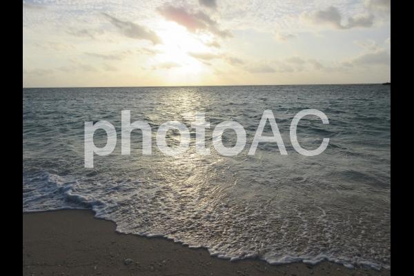 波照間の夕陽の写真