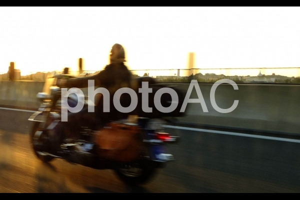 高速バイクの写真