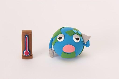 クレイ クレイアート ねんど 粘土 クラフト 立体 イラスト スタジオ撮影 白バック 白背景 素材 星 惑星 太陽系 地球 アース 擬人化 地球温暖化 温暖化 環境 環境破壊 CO2 二酸化炭素 オゾン層 破壊 環境問題 温度計