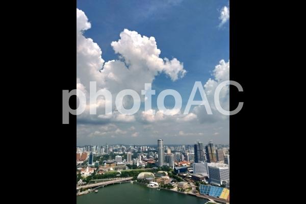 シンガポール マリーナベイサンズ インフィニティプールからの眺めの写真