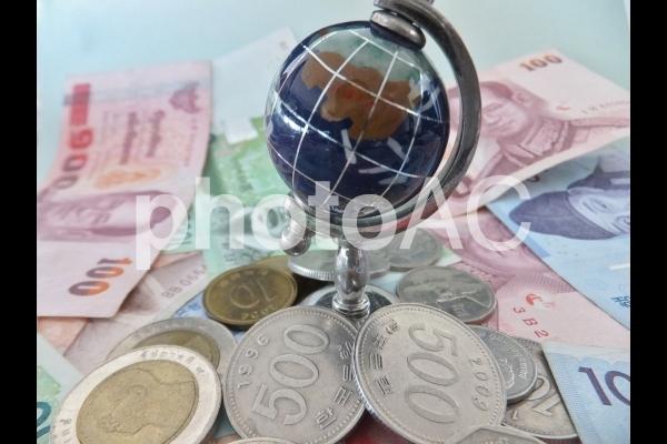 さまざまな国の通貨 1の写真