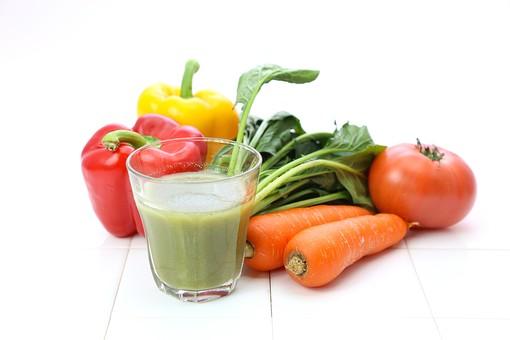 野菜とグリーンスムージー5の写真