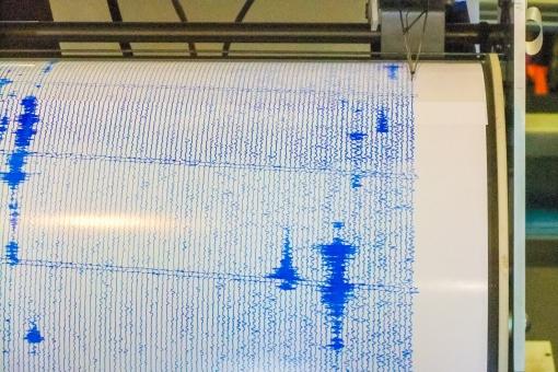 計測器 地震 振動 針 火山 活火山 余震 ハワイ ハワイ島 キラウエア火山 測定 観測 予想 予測 データ 情報