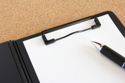 クリップボード ペン ボード メモ用紙 ビジネス 筆記用具 白紙 ペーパー 紙 バック 背景 素材 背景素材 資料 書類 無地 メモ 伝言 メッセージ アイデア 会議 打ち合わせ 記録 ツール ホワイトボード 書記 事務用品 ミーティング セミナー 仕事