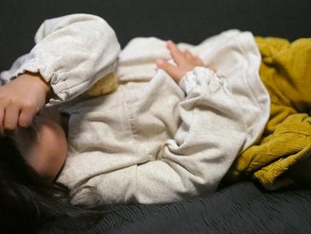 腹痛 ウィルス 炎症 風邪 子供 子ども 女児 幼児 病気 寝込む sick 日本人 girl kids tammy ダウン ぐったり 女の子