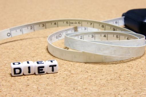 ウエストサイズ サイズ 腰まわり ダイエット DIET DIET diet diet Diet 太さ 肥満 メタボ 減量 ウエスト 寸法 体形 健康診断 測定 数値 測定値 健診 体重 メジャー 巻き尺 計る 計測 カラダ 身体 体型 体格