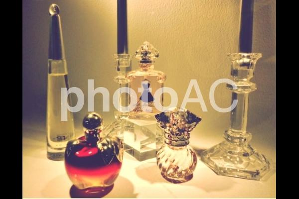 香水瓶の写真