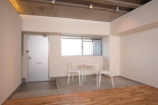 マンション 室内 部屋 インテリア フローリング 住まい 空間 住宅 モデルハウス モデルルーム 新築 ダイニング テーブル 玄関 家 家具 ライフスタイル 暮らし リフォーム リノベーション